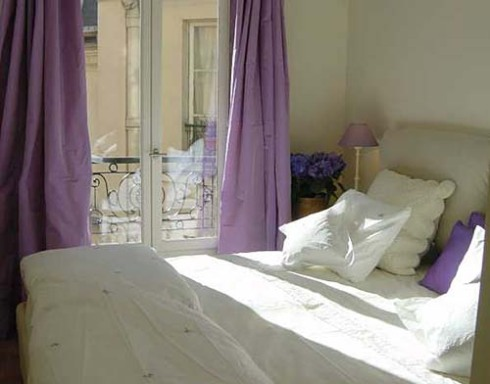 06-bedroomparisperfect