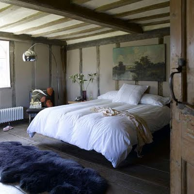 Livingetc luxurious vintage Cool-country-bedroom