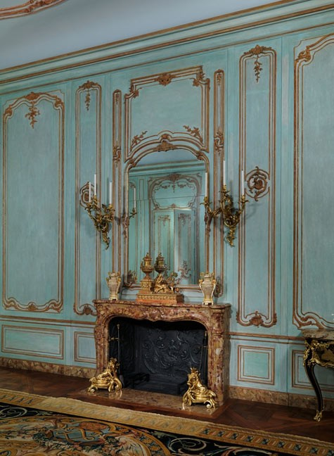 French Wall Covering : French walls the paris apartment