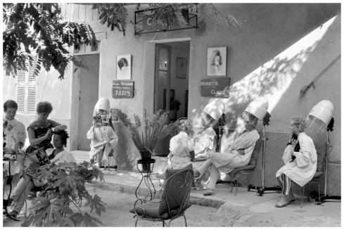 henri-cartier-bresson-saint-tropez-france-19591