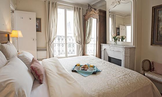 Bedroom Parisian Bedroom Decor: Paris Perfect Apartments