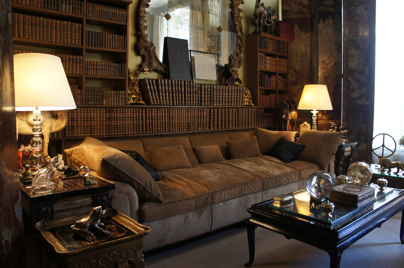 Coco chanel the paris apartment for Apartment furniture living room