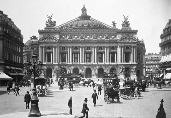 Opera vers 1889